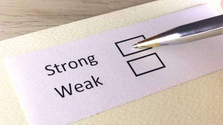 Strong v.s. Weak Plots: How To Make a Weak Plot Stronger